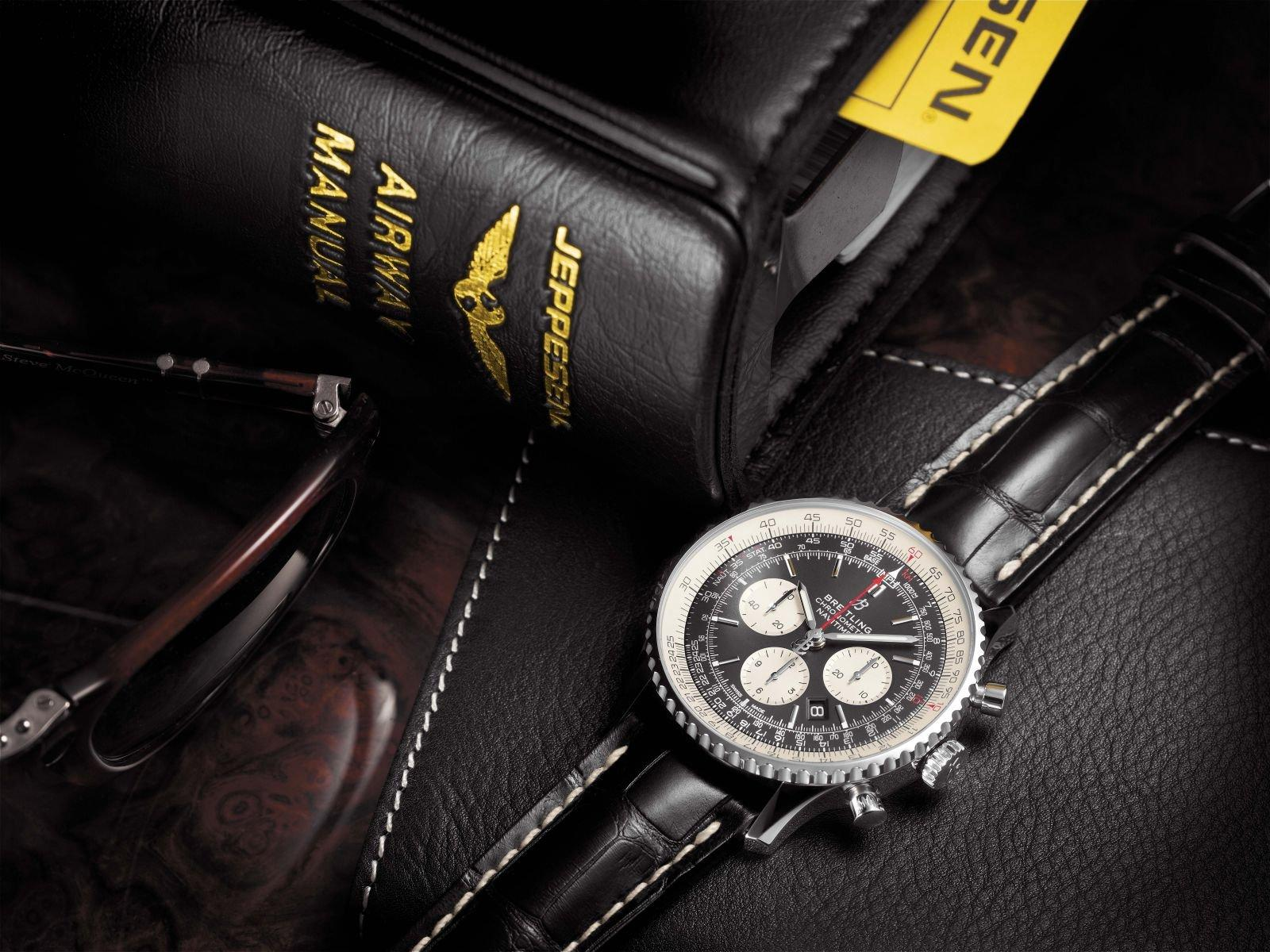Navitimer_1_B01_Chronograph_46_with_black_dial_and_black_alligator_leather_strap_KOPIE.jpg